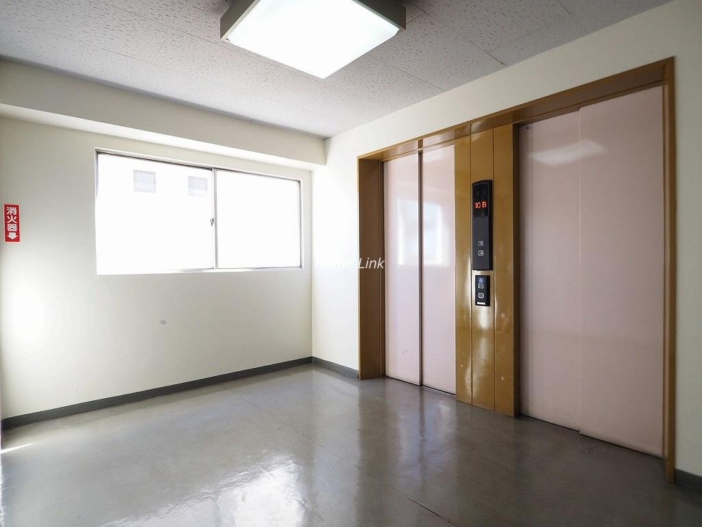 小豆沢ローズハイム エレベーターホール
