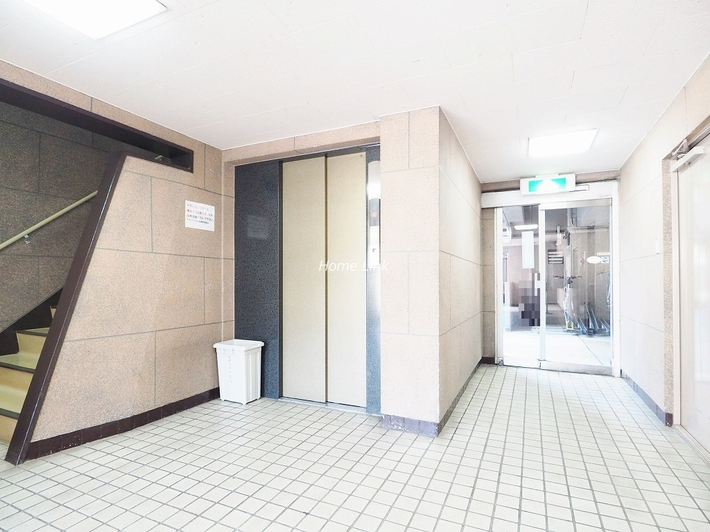 チサンマンション板橋 エレベーターホール