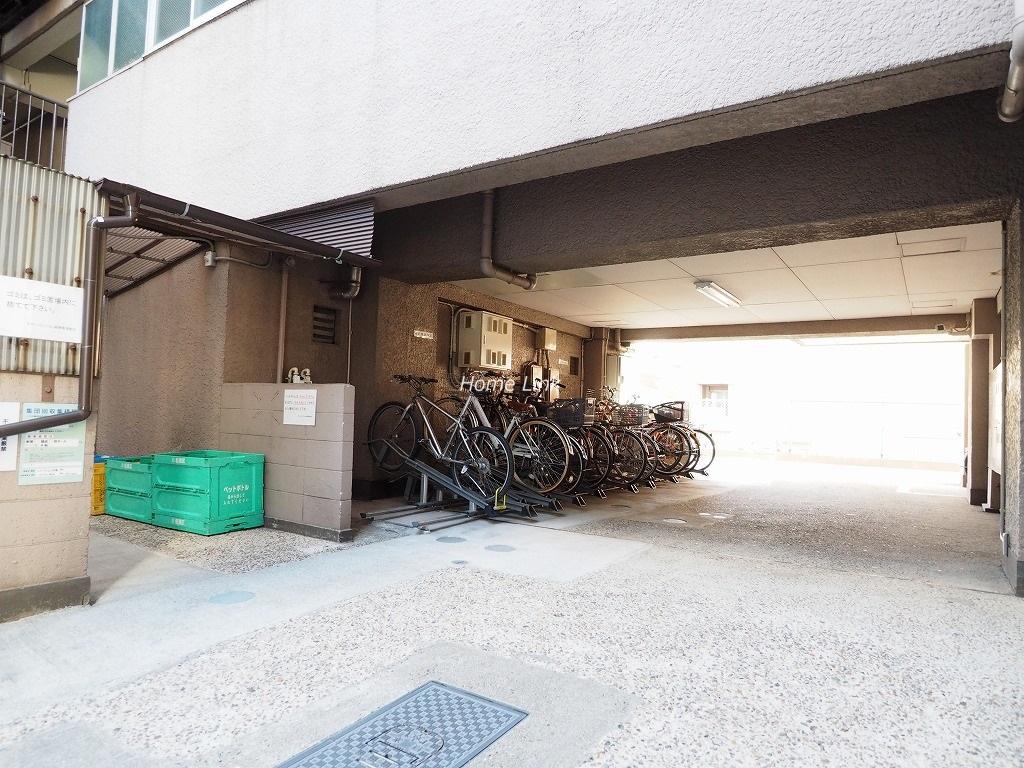 チサンマンション板橋 駐輪場出入口