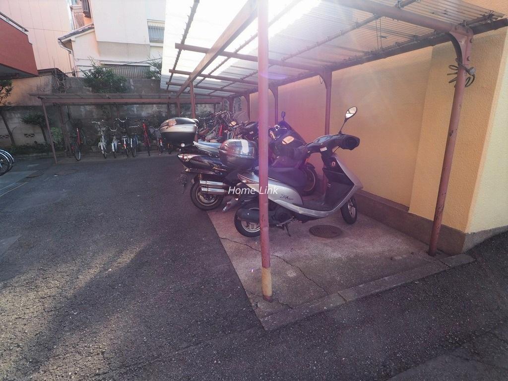 トーカンマンション大山 バイク置き場