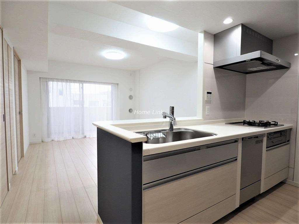 プレシス浮間舟渡駅前5階 開放感のあるオープンキッチン